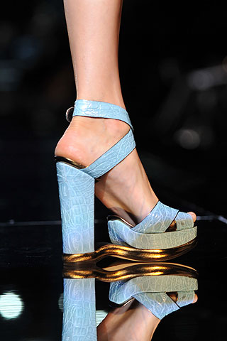 d&g spring 2009 // blue heels